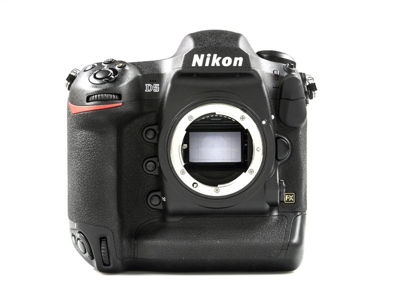 nikon_d5_front